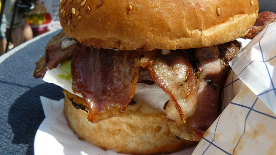Johnny's Bistro – BBQ Bacon Burger @ Hamburger Day