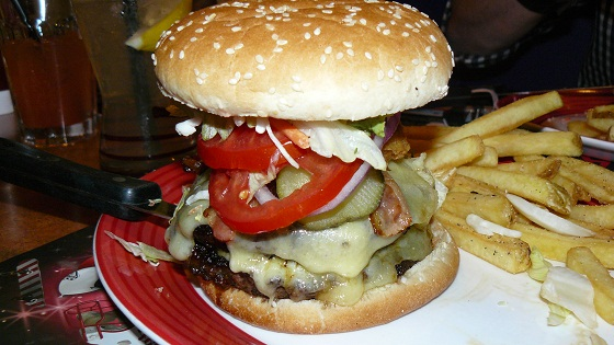 T.G.I. Friday's – Jack Daniel's Burger Ultimate Edition